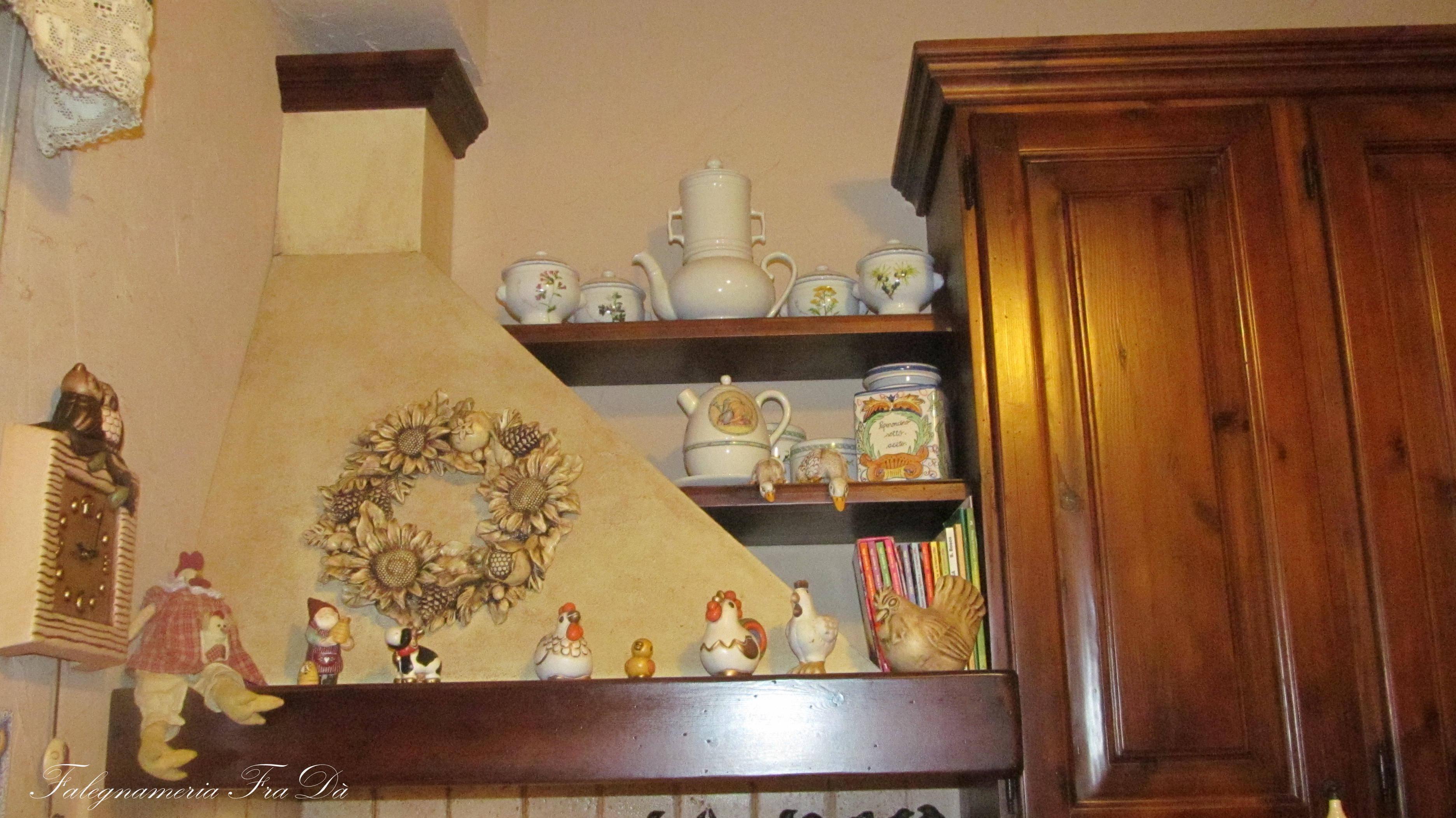 Cucina in legno stile rustico  Falegnameria Frad