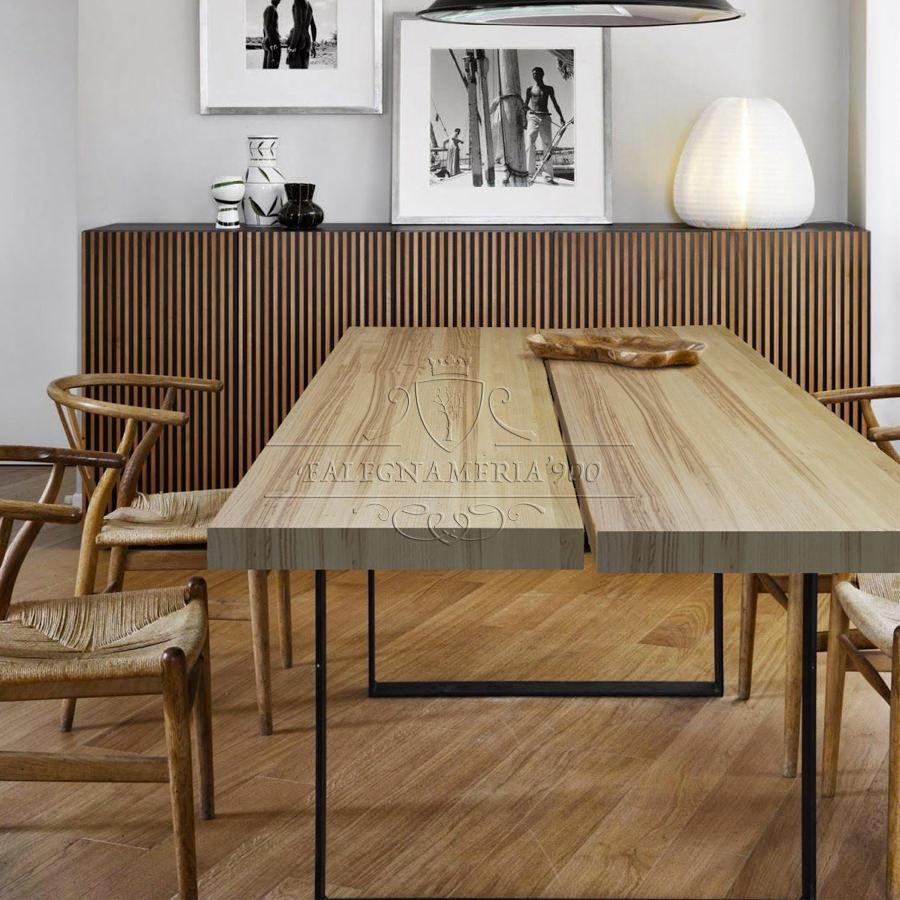 Tavolo in legno massello modello Glorious