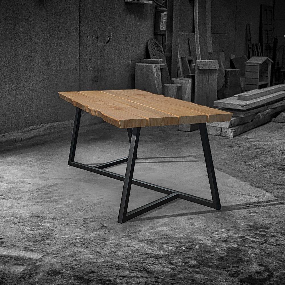 I tavoli in legno grezzo moderni risultano essere eleganti, contemporanei ed estremamente attuali; Tavoli In Legno Massello Dal Design Moderno Tavoli Su Misura In Offerta