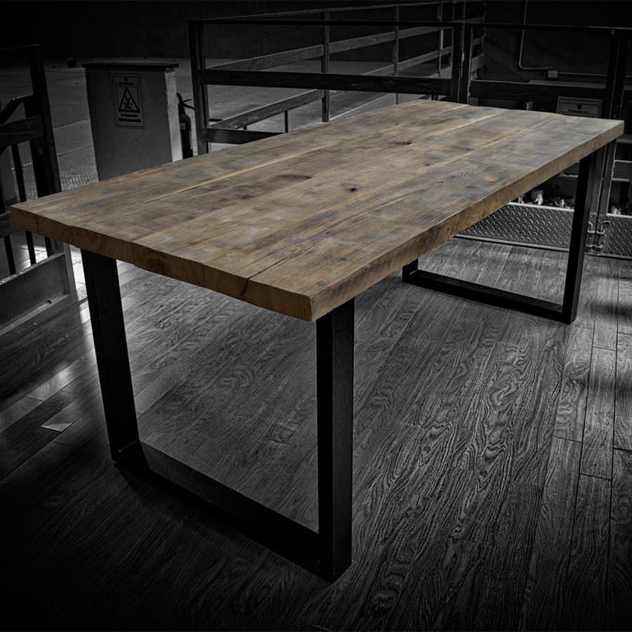 Tavolo in legno massello di castagno  West  Acquistalo in falegnameria