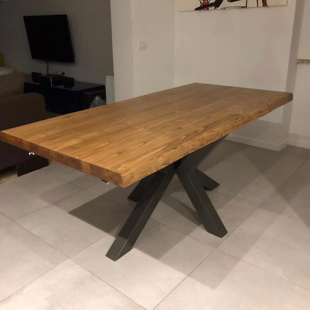 Tavolo moderno e di design rovere samoa pronta consegna. Tavoli In Legno Massello Dal Design Moderno Tavoli Su Misura In Offerta