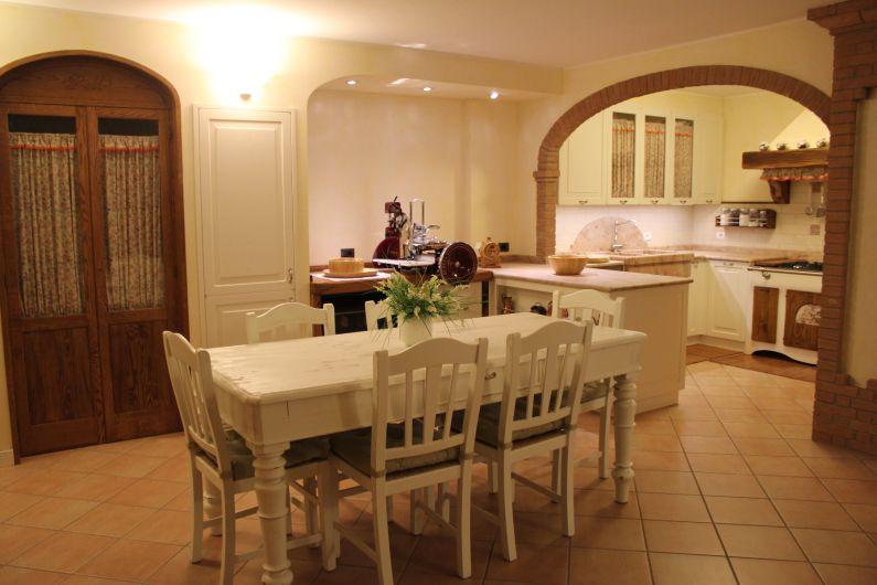 Cucina shabby chic  Cucina  Falegnameria Ferrari  Piacenza