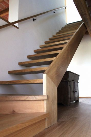 Scala in legno di rovere  Scale  Boiserie  Falegnameria