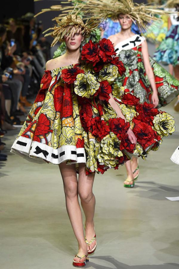 Collection Haute Couture Printemps T 2015 De Viktor