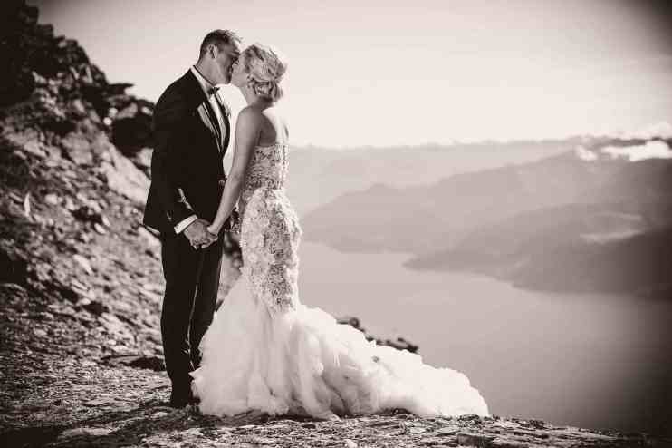 Queenstown wedding helicopter photo flight remariables double cone Profoto B1 500 AirTTL