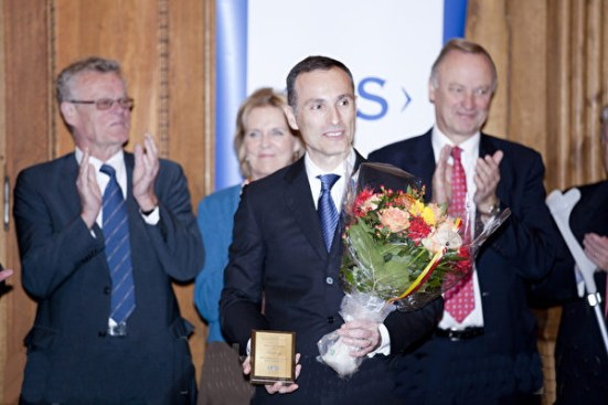 2011年10月17日,瓦西柳斯在「國王卡爾十六世古斯塔夫獎」頒獎儀式上