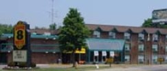 Super 8 motel, Toronto oost
