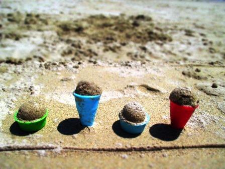 Tagesbeschäftigung: Sand-Eis-Produktion.