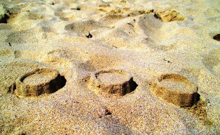 Tageswerk. Sandkuchen.