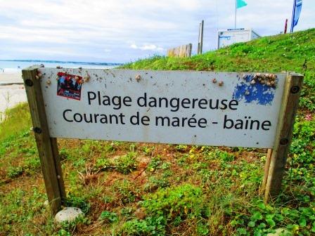 Strand von Plouhinec. Gefährlich.