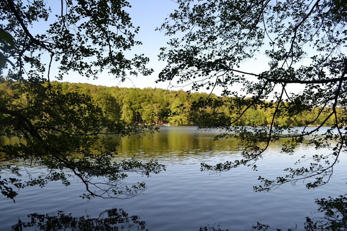 Still ruht der See (Symbolbild)