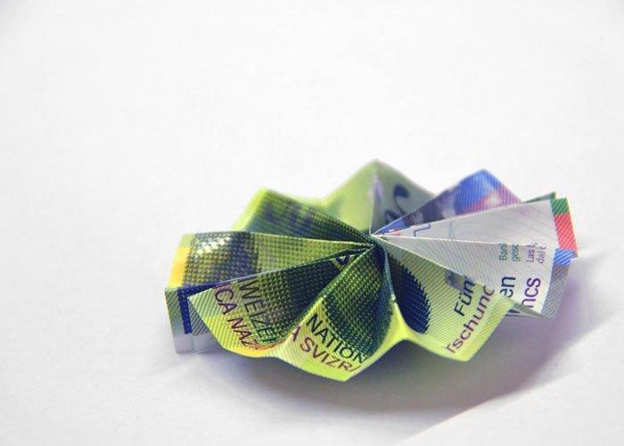 Geldscheine Falten Eine Wunderschöne Blume Aus Geld Basteln