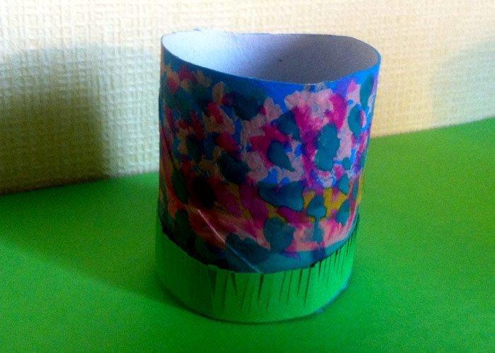 Basteln mit Papprollen Eierbecher aus WC Rollen basteln