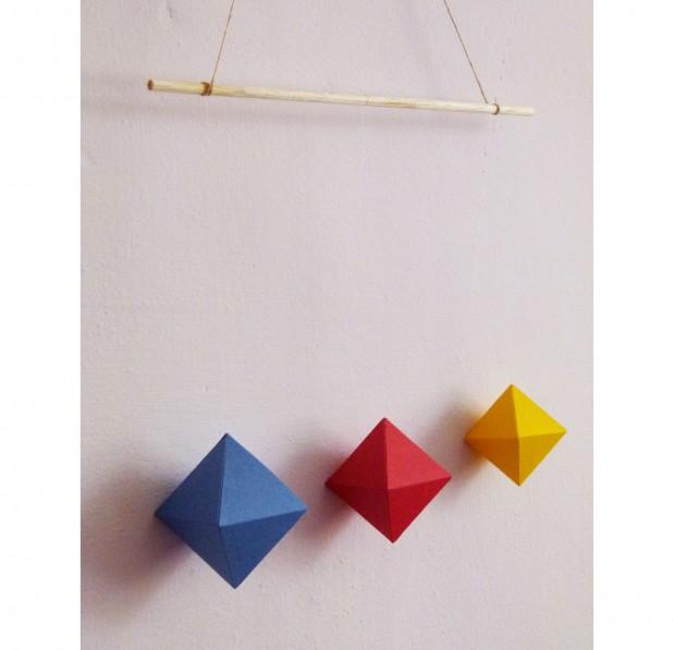 mobile montessori des octaedres