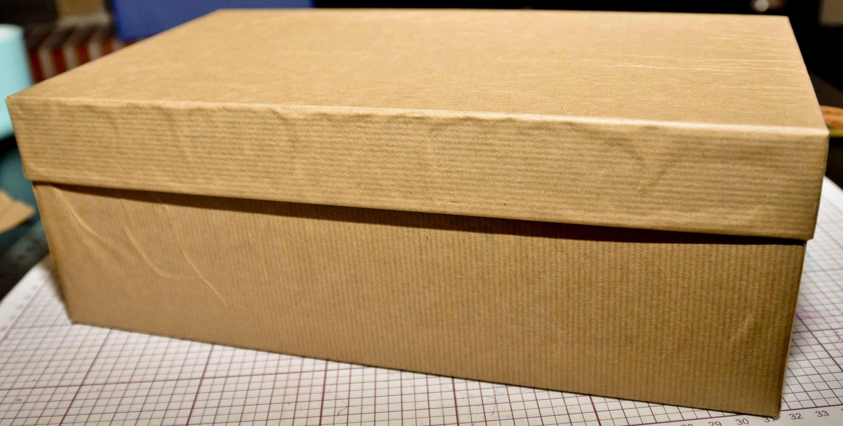 fabriquer boite de rangement en carton. Black Bedroom Furniture Sets. Home Design Ideas