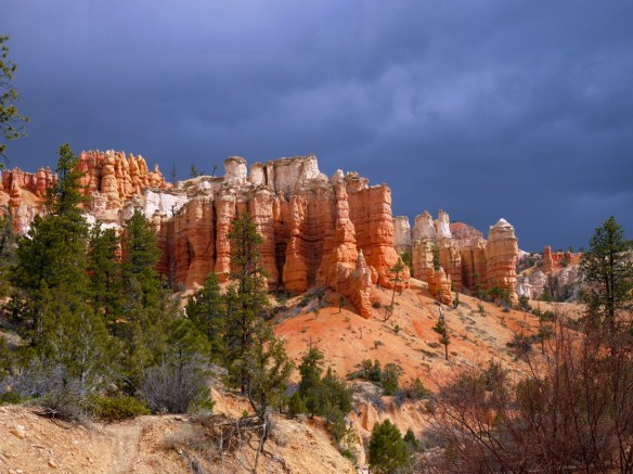 Bryce canyon, Mossy cave