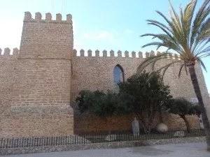 découverte en famille du  château de Rota, mars 2014.