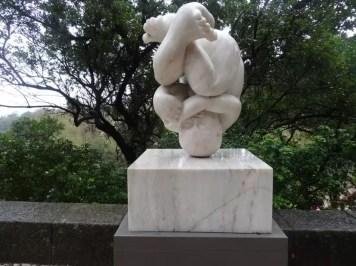 Une statue à Sintra photographiée par la famille nomade digitale