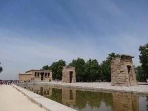 Temple de Debod- La famille nomadee digitale à madrid mai 2014