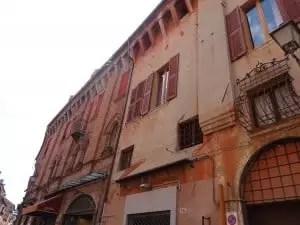Ferrara en Italie du nord avec la famille nomade digitale