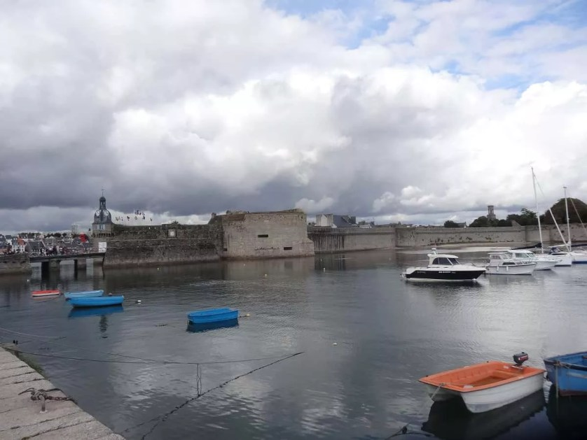 Concarneau-son port-famille nomade digitale