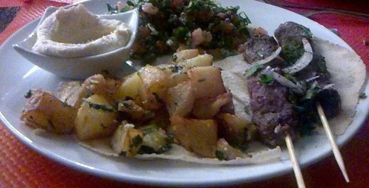Restaurant Libanais Le Cédrus : une explosion de saveurs dans votre assiette