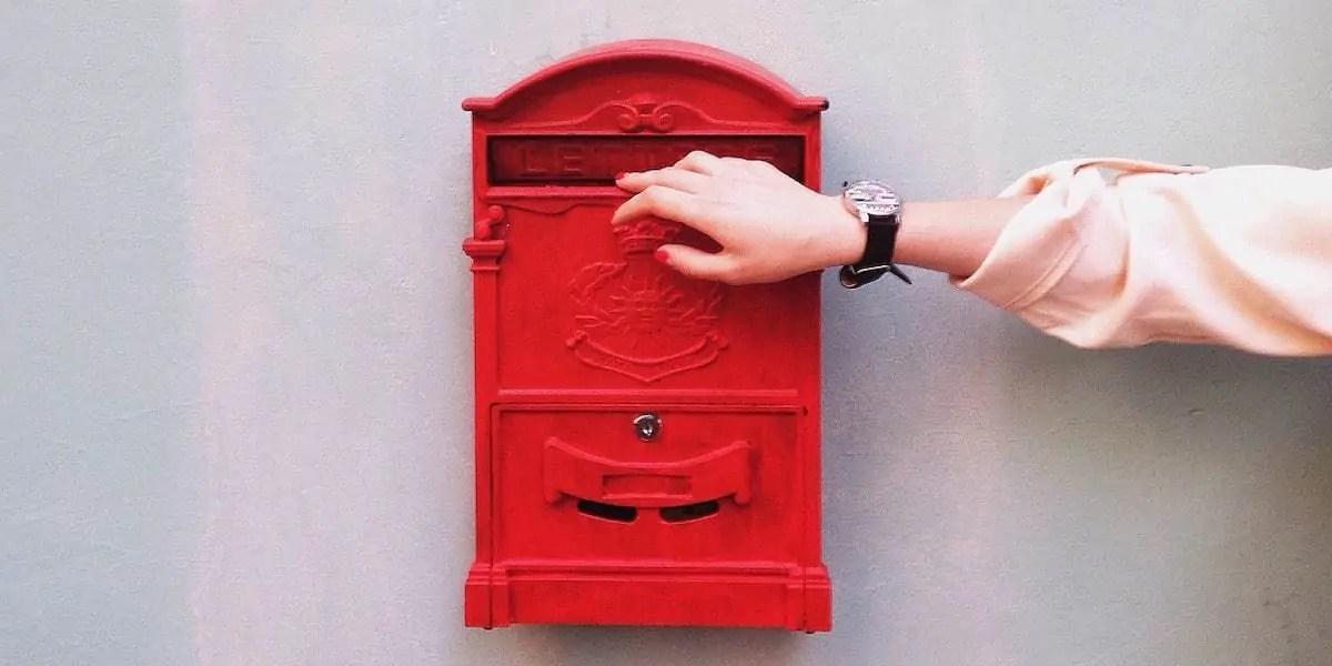 Devenir nomade : comment recevoir son courrier quand on est en voyage longue durée ?
