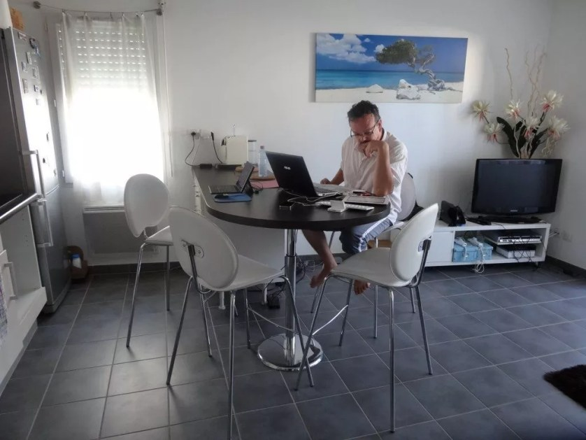Se loger en Airbnb à Merignac-la famille nomade digitale