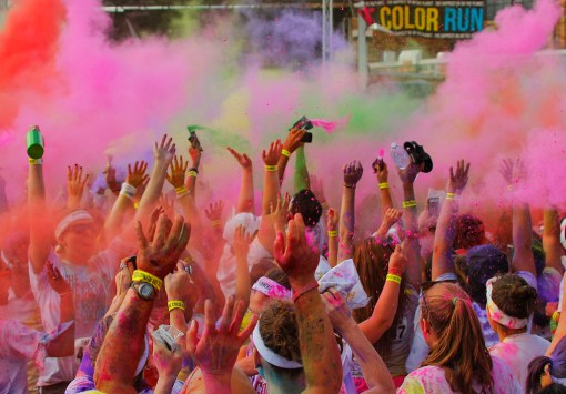 100 choses color run