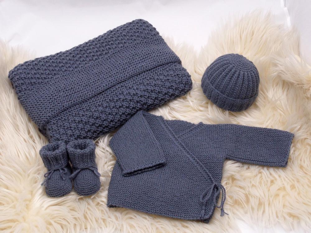 les mamies tricoteuses trousseau naissance