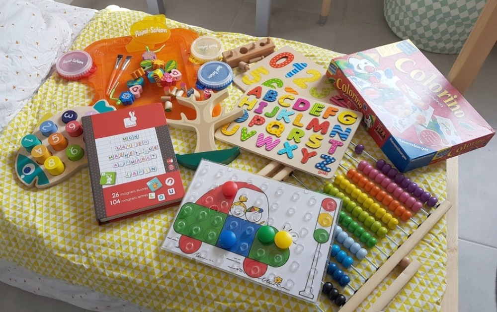 coin bureau jeux concentration colorino puzzle goki boulier ikea