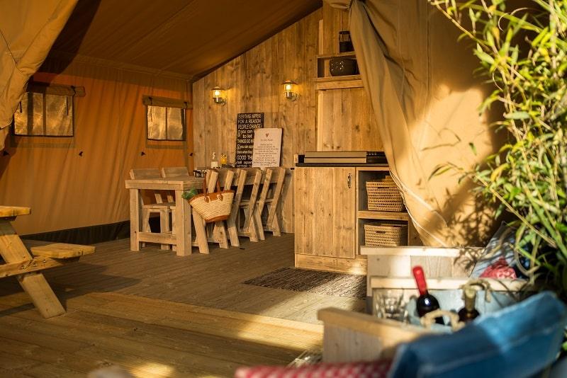 Nuit en Tente Safari en France  Glamping entre Bourgogne et Loire  SITE OFFICIEL