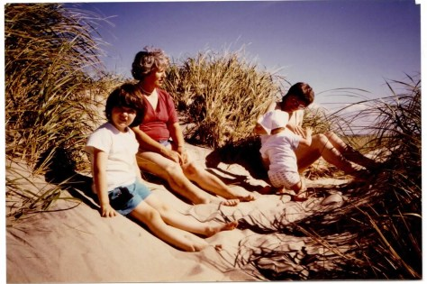 A sunny day in Denmark - a treat for us, as we were used to go there in spring and fall. I'm the one with that Beatles' hairstyle. :)