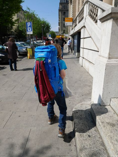 Backpacking mit Kind in Genf low budget