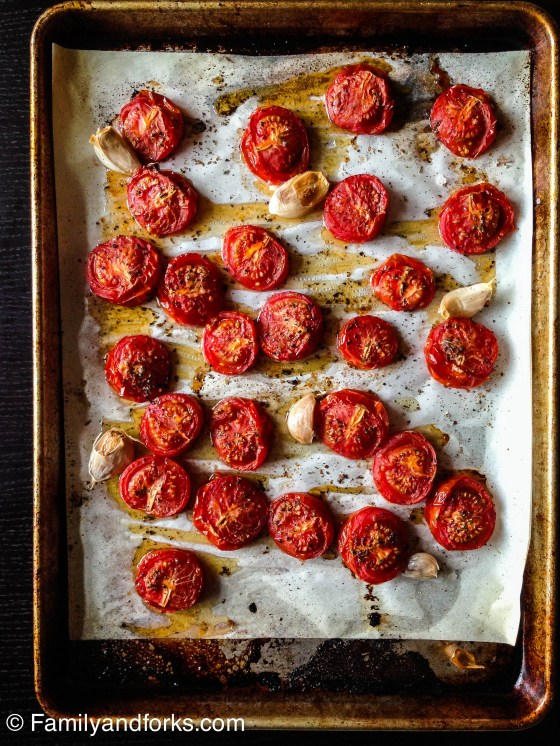 jarred-tomatoes-and-peppers-roast-tomatoes