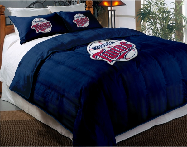 Minnesota Twins MLB Twin Chenille Embroidered Comforter Set With 2 Shams 64 X 86