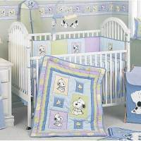 Snoopy & Family 6-Piece Crib Set