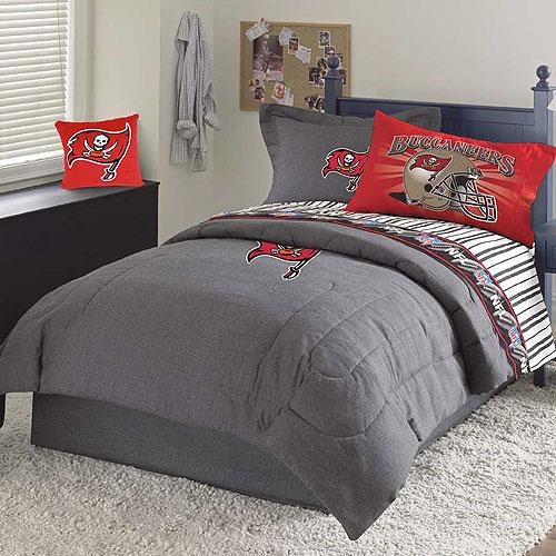 Tampa Bay Buccaneers NFL Team Denim Queen Comforter