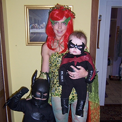 family-halloween-costume-blog-featured