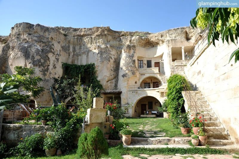 caves-turkey-glamping