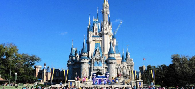 Family deal to disney world may 2017 flights apartment for Family deal com