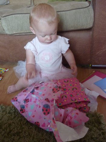 Family Clan Blog Olivia-open-her-bday-presents