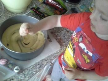 Cake-making-31-Oct-2014-5