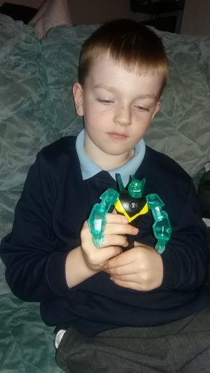 Ben 10 Power up diamondhead family clan review 3