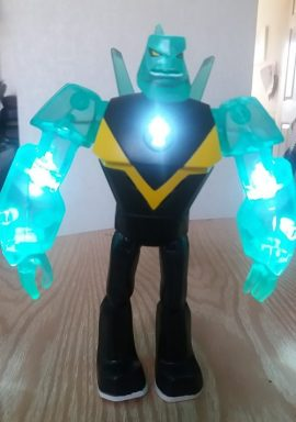 Ben 10 Power Up Deluxe Figures - Diamondhead Family Clan Review