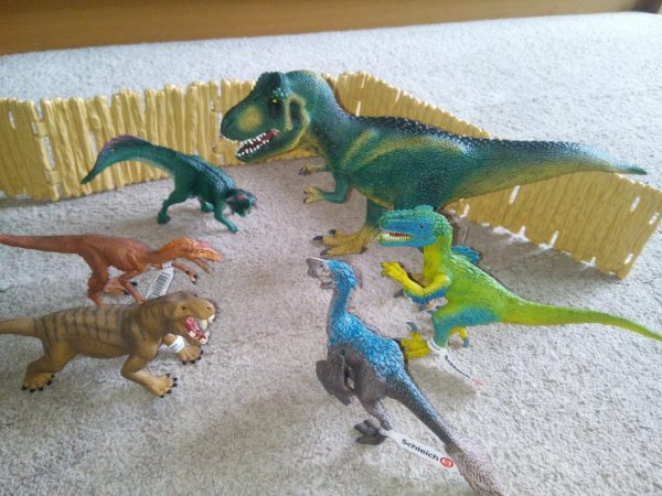 Schleich Dinosaurs - Jurassic World Play Family Clan