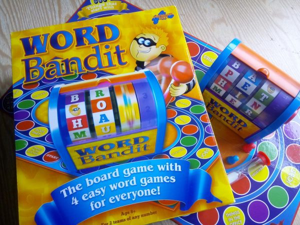 Word Bandit by Drumond Park review by Family Clan