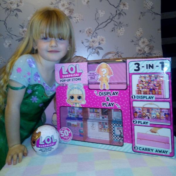 L.O.L. Surprise Pop-Up shop review by Family Clan