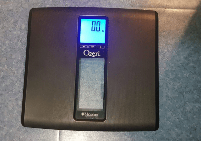 Ozeri Bathroom scales review by Family Clan 2