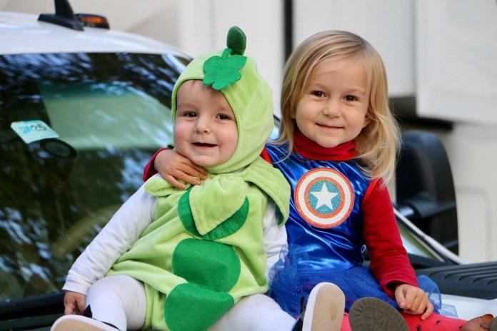 family coste halloween